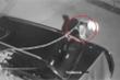 Clip: Trộm đeo ba lô đi vặt gương, cạy logo ô tô nhanh như chớp ở Hà Nội