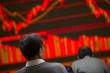 Cổ phiếu bị bán tháo, sàn chứng khoán đỏ rực,  VN-Index 'bốc hơi' hơn 40 điểm