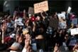 Myanmar: Y bác sĩ tham gia biểu tình, cuộc chiến chống COVID-19 tê liệt