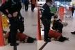 Không chịu đeo khẩu trang, một phụ nữ Trung Quốc bị đuổi khỏi siêu thị