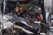 Ô tô tải tông xe đầu kéo trên cao tốc Nội Bài - Lào Cai, 2 người chết