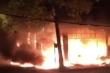 Phòng trà ở TP Vinh cháy dữ dội, ít nhất 6 người thiệt mạng
