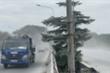 Kinh hãi cảnh bụi bay mù mịt, trắng xoá con đường ở TP.HCM do đơn vị thi công ẩu