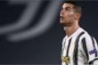 Báo Italy: 'Ronaldo căng thẳng và rất xa cách đồng đội'