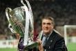 Chủ tịch huyền thoại của Real Madrid qua đời vì Covid-19