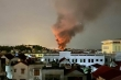 Nóng: Đám cháy lớn bùng phát tại nhà xưởng ở Hà Nội
