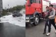 Ô tô con tông vào sườn container rồi bốc cháy, tài xế vội bung cửa thoát nạn