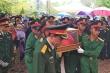 Người Nghệ An vượt lũ, đội mưa lạnh đón liệt sỹ hy sinh ở Rào Trăng 3 về quê mẹ
