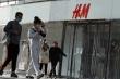 Giữa bão tẩy chay, H&M tỏ thái độ lấy lại niềm tin từ người tiêu dùng Trung Quốc