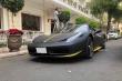 Siêu xe Ferrari 458 Spider  xuất hiện với phong cách khác biệt trong 'bộ cánh' đen lì