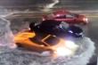 Video: Siêu xe Lamborghini Huracan lội nước như tàu ngầm trên phố Mỹ