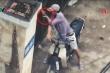 Clip: Cận cảnh mua bán ma túy nhộn nhịp ngang nhiên trước cổng bệnh viện ở Hà Nội