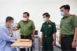 Giám đốc Công an Hà Nội trao tặng giấy khen cho tài xế taxi dũng cảm bắt cướp