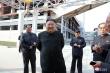 Ảnh: Ông Kim Jong-un xuất hiện trở lại giữa tiếng hò reo vang rền