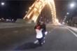 Clip:  'Quái xế' bốc đầu xe máy trên cầu Rồng