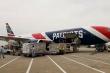 Đội bóng bầu dục Mỹ điều máy bay sang Trung Quốc chở khẩu trang