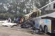 Trung Quốc: Xe khách nổ lốp đâm xe tải trên đường cao tốc, hàng chục người chết