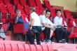 HLV Park Hang Seo bắt tay GĐKT Gede, xem Quang Hải đối đầu Bùi Tiến Dũng