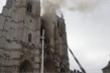 Thánh đường gần 600 năm ở Pháp bị cháy, nghi vấn có người phóng hỏa