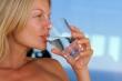 Mẹo uống nước giúp giảm cân
