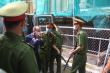 Cựu Phó Chủ tịch UBND TP.HCM Nguyễn Thành Tài tóc bạc, mệt mỏi tới toà