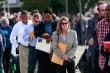 Kỷ lục: 6,6 triệu người Mỹ nộp đơn xin trợ cấp thất nghiệp