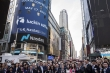 Mỹ 'bẻ lái', siết chặt giám sát công ty Trung Quốc trên sàn chứng khoán