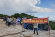 Lo sợ lò đốt rác 'bức tử' môi trường, dân Quảng Nam dựng lều trại ngăn cản thi công