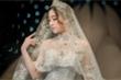 Hoa hậu Đỗ Mỹ Linh diện váy cưới đính viên kim cương trị giá 1 triệu USD