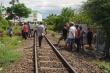 Đi lang thang trên đường ray, người đàn ông bị tàu hỏa tông chết ở Khánh Hòa