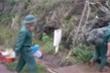 'Cuồng phong' Vamco áp sát đất liền, quân dân Cồn Cỏ vào hầm tránh bão khẩn cấp