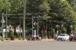 Hàng loạt xe biển xanh của tỉnh, thành ủy Bình Phước vượt đèn đỏ, bất chấp luật