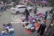 Video: Kinh hãi khoảnh khắc 'xe điên' lao vào chợ cóc tại Hải Phòng