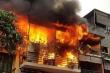 Nhà 2 tầng trên phố cổ Hà Nội bùng cháy trở lại sau 2 ngày phát hỏa