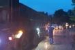 Dầm mưa xuyên đêm thông đường vào hiện trường vụ lở đất lấp 22 cán bộ, chiến sĩ