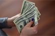 Tỷ giá USD hôm nay 23/7: USD rơi tự do