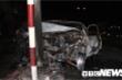 Tông trúng cột đèn tín hiệu giao thông, xe ô tô bốc cháy thành tro