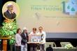 500 triệu đồng bán sách 'Tình thương' được trao cho quỹ thiện nguyện