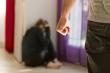 Ly hôn 25 năm tôi vẫn rùng mình khi nghĩ đến những trận bạo hành của chồng cũ