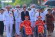 Mẹ Việt Nam Anh hùng xúc động viếng Lăng Bác, rưng rưng đọc thơ tiễn con ra trận