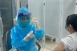 Hơn 10.000 người Việt Nam tiêm vaccine COVID-19