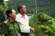 Đề xuất phương án tiêu diệt kẻ giết người trốn trên rừng Hải Vân nếu chống trả