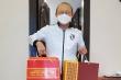 Thủ tướng tặng quà Tết cho HLV Park Hang Seo