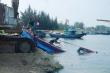 Hai tàu cá ở Quảng Ngãi bị sóng đánh chìm