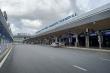 Ảnh: Sân bay lại vắng tanh, bến xe ở TP.HCM thành nơi trung chuyển hàng hoá