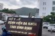 Bị cấm bán hàng rong, người phụ nữ lăng mạ lực lượng phòng dịch