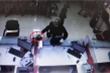 Kẻ nổ súng cướp ngân hàng ở Hà Nội ra đầu thú
