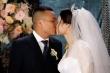 Báo Anh đăng ảnh đám cưới Việt Nam rực rỡ sau cách ly xã hội