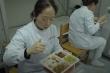 Bữa ăn muộn của y tá trong bệnh viện ở Vũ Hán