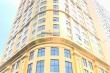 Toà khách sạn dát vàng gây chói mắt người dân ở Hà Nội